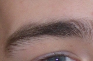 Black_eyebrow.jpg