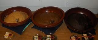 (左から)麹味噌・赤味噌・合せ味噌.jpg